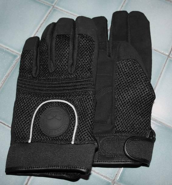 low priced high quality uk store Guanti estivi HD NUOVI mai usati, modello full finger gloves ...