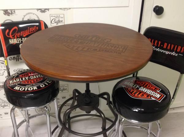 Tavolo tipo bar con sgabelli di lusso posot class